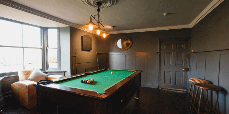 How to Decorate a Game Room with a Pool Table IDEAS