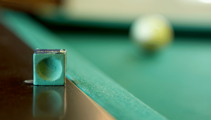 How to Clean Chalk Off Pool Table Felt